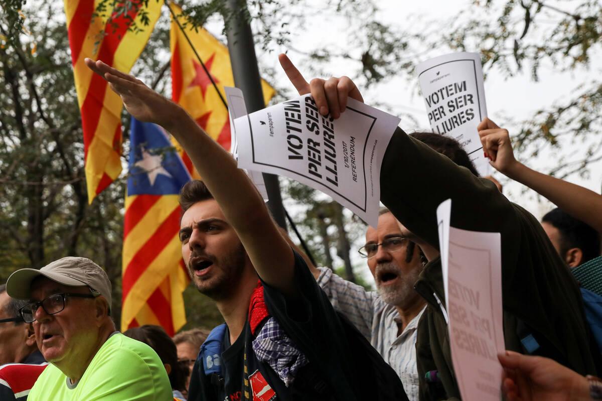 2017 09 22T092700Z 1467480543 RC17BB3A59E0 RTRMADP 3 SPAIN POLITICS CATALONIA
