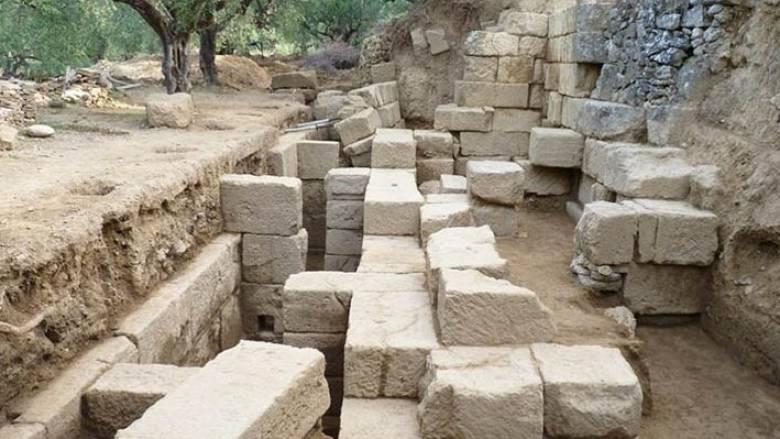Αποκαλύφθηκε η ορχήστρα του αρχαίου θεάτρου στη Θουρία