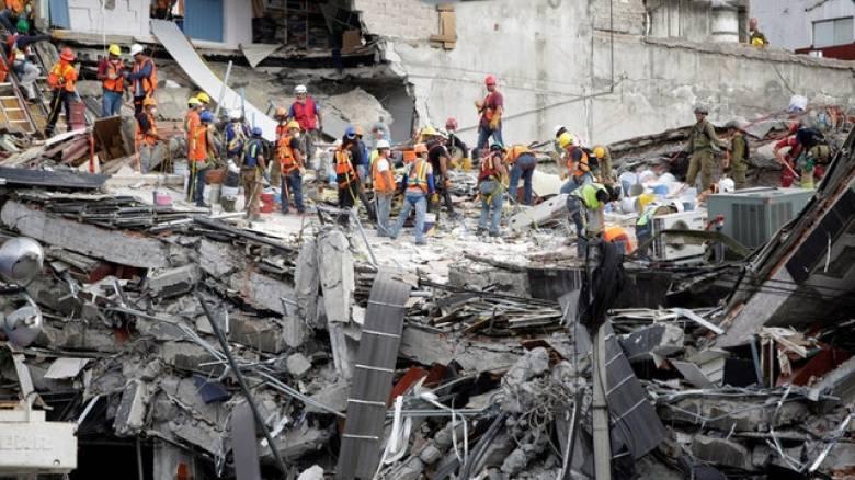 Σεισμός Μεξικό: Ξεκίνησαν και πάλι οι έρευνες για εντοπισμό επιζώντων