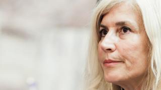 Η Αυλωνίτου για τη φωτογραφία της γυναίκας με την πίσσα: Οι Βέλγοι δεν ξέρουν photoshop;