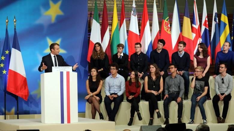 Το όραμα του Μακρόν: Ευρωστρατός, κοινός προϋπολογισμός ευρωζώνης, λιγότερη γραφειοκρατία