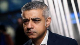 Πρόταση - έκπληξη από τον δήμαρχο του Λονδίνου για το Brexit