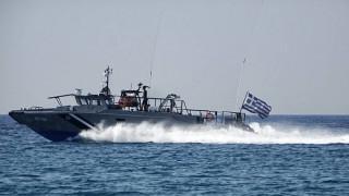 Νέα βύθιση φορτηγού πλοίου στον Ασπρόπυργο - σε εξέλιξη εργασίες απορρύπανσης