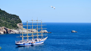 Η Τουρκία απαγόρευσε στα τουριστικά πλοία της να προσεγγίζουν τα ελληνικά νησιά
