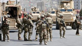 Ρουκέτες στο αεροδρόμιο της Καμπούλ κατά την επίσκεψη του υπ. Άμυνας των ΗΠΑ