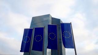 Κορυφαίοι οικονομολόγοι προειδοποιούν κατά μιας γαλλογερμανικής μικρής συμφωνίας για την Ευρώπη
