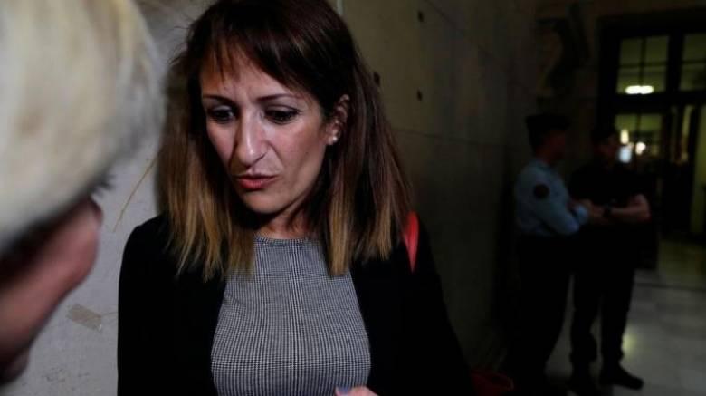 Γαλλία: Μητέρα καταδικάστηκε σε δύο χρόνια φυλάκιση γιατί έστειλε χρήματα στον τζιχαντιστή γιο της
