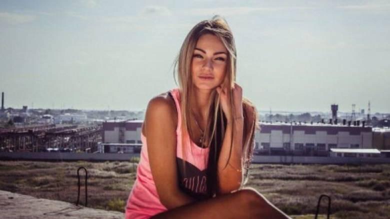 Εξώθησαν σε παραίτηση νηπιαγωγό επειδή ανέβαζε «καυτές» φωτογραφίες στο Instagram (Pics)