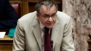 «Κακή» η κατάσταση σε Σάμο και Μυτιλήνη παραδέχθηκε ο Μουζάλας