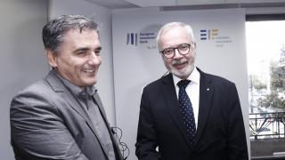 Στα 2 δισ. ευρώ οι χρηματοδοτήσεις της ΕΤΕπ προς την Ελλάδα το 2017