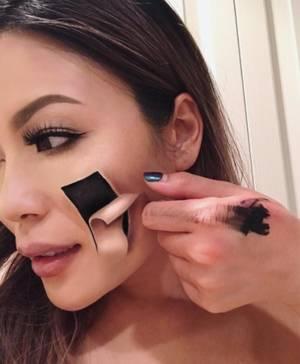 Η Καναδή makeup artist με τις τρομακτικές ικανότητες (pics)