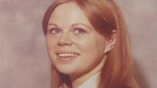 Ο δολοφόνος κλόουν αποκαλύπτεται, 27 χρόνια μετά