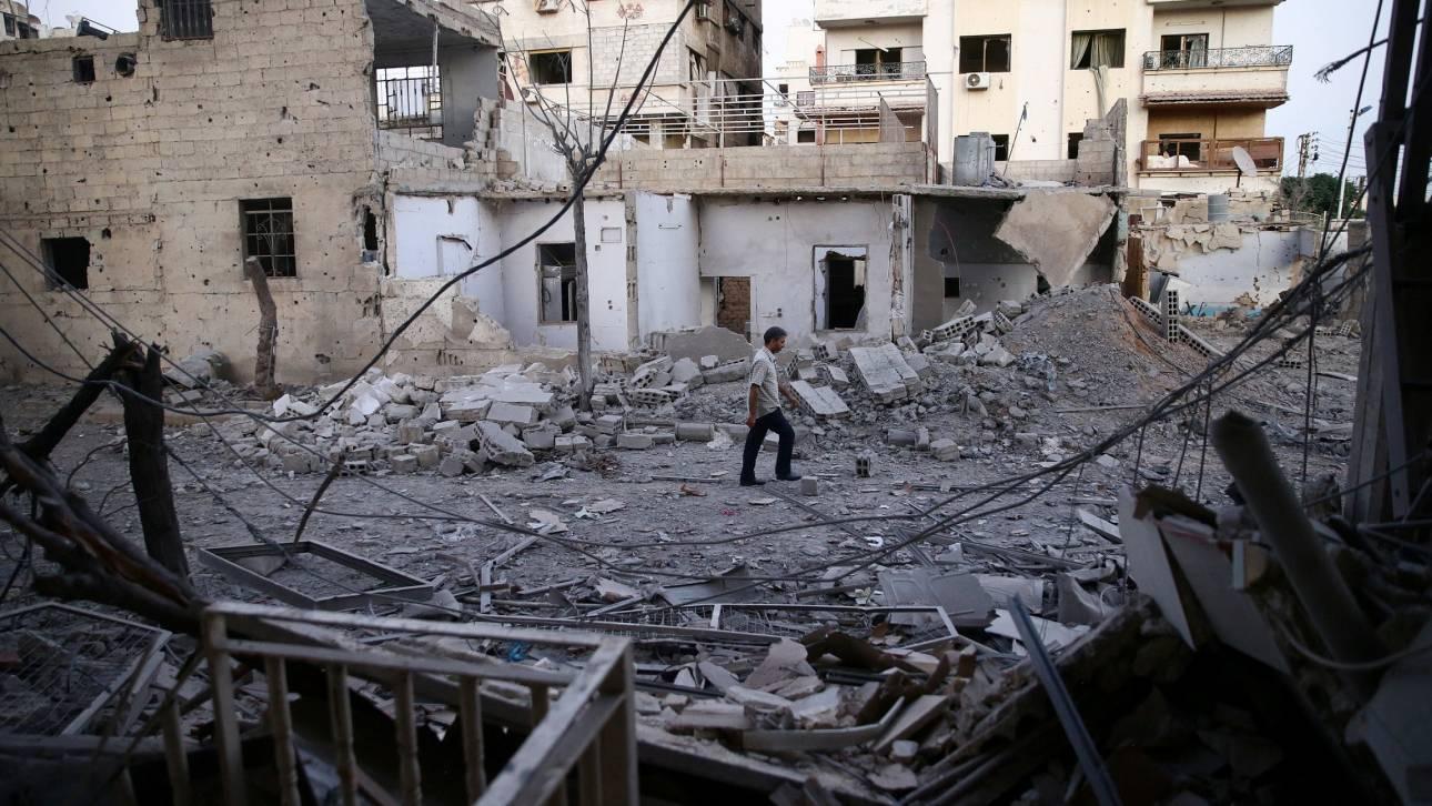 Συρία: 28 άμαχοι σκοτώθηκαν σε αεροπορικές επιδρομές στην Ιντλίμπ