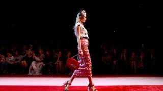 Την πρωτοκαθεδρία της ιταλικής μόδας αμφισβητούν οι New York Times, τι απαντούν οι Ιταλοί