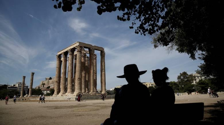 FAZ: H Ευρωζώνη ανακάμπτει, όμως η Ελλάδα παραμένει ιδιάζουσα περίπτωση