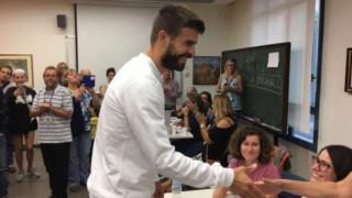Δημοψήφισμα Καταλονία: Ψήφισε ο Ζεράρ Πικέ (pic&vid)