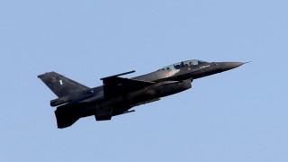 Κύπρος: Στρατιωτική παρέλαση με υπερπτήσεις F16 για την ημέρα Ανεξαρτησίας (pics&vid)