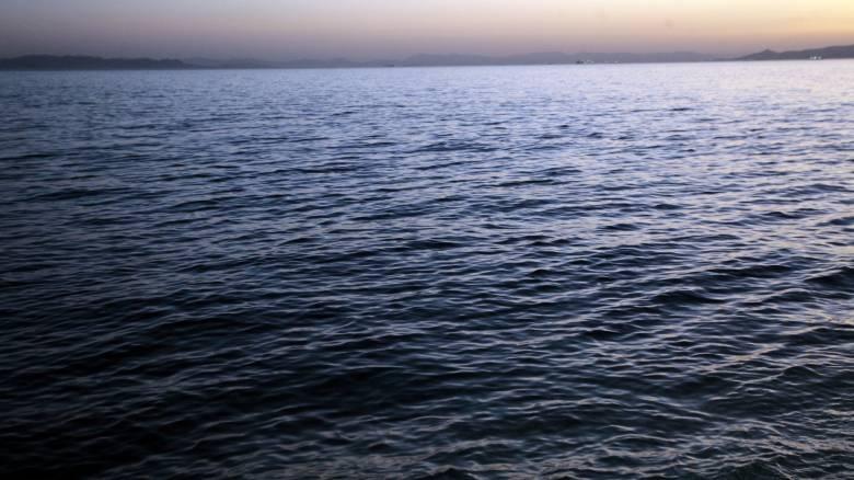 Θάνατος γυναίκας μετά από πτώση στη θάλασσα σε παραλία των Χανίων