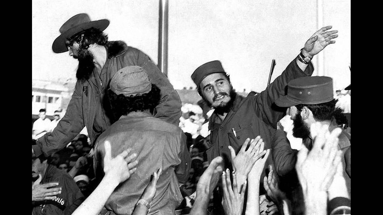 1 Ιανουαρίου του 1959: Ο υποστηριζόμενες από τις ΗΠΑ δικτάτορας Φουλχένσιο Μπατίστα εγκαταλείπει τη χώρα και αναλαμβάνει ο Φιντέλ Κάστρο. Δύο μέρες αργότερα οι ΗΠΑ διακόπτουν τις διπλωματικές σχέσεις με τη χώρα.