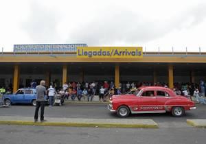 16 Ιανουαρίου 2015: Οι Ηνωμένες Πολιτείες μειώνουν σημαντικά τις κυρώσεις που έχουν επιβάλει στην Κούβα. Αυτή την περίοδο ανοίγεται το πλέγμα των ταξιδιωτικών, εμπορικών και οικονομικών δραστηριοτήτων μεταξύ των δύο χωρών. Οι ΗΠΑ επιτρέπουν περιορισμένο α
