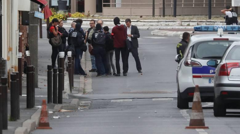Επίθεση με μαχαίρι σε σταθμό τρένων στη Μασσαλία, νεκρός ο δράστης