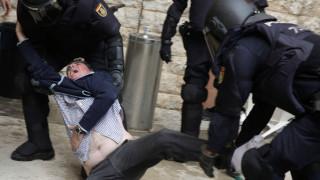 Οι κάλπες της βίας στην Καταλονία