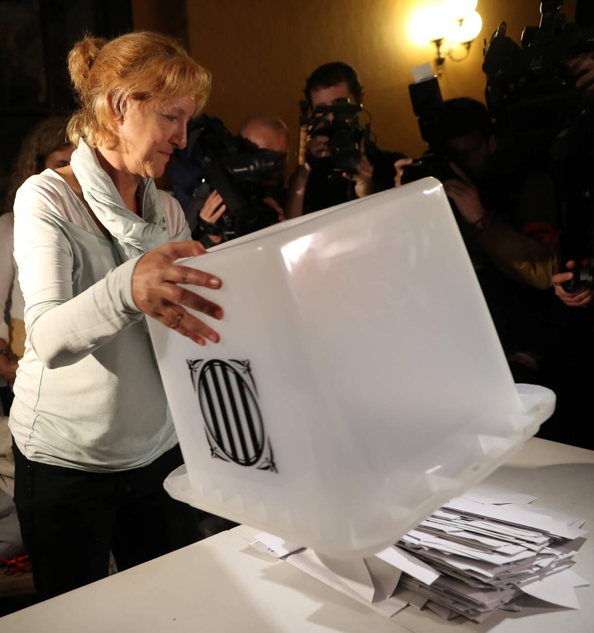 2017 10 01T184414Z 569162622 RC192EDCB0F0 RTRMADP 3 SPAIN POLITICS CATALONIA