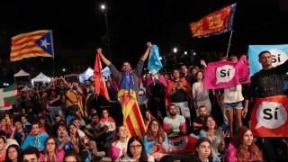 Μεγάλη επικράτηση του «ναι» στο δημοψήφισμα - Οι Καταλανοί κηρύττουν την ανεξαρτησία
