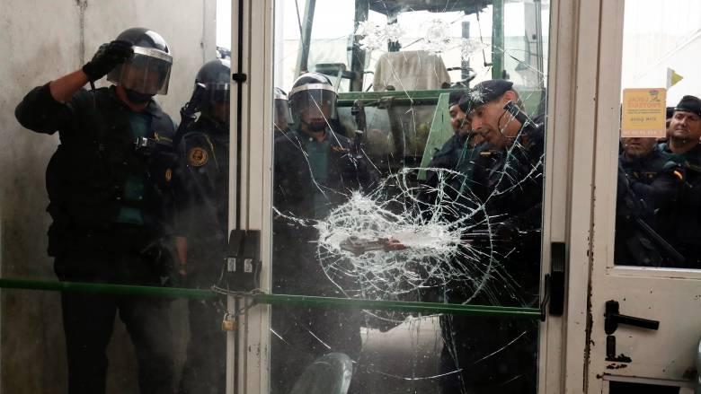 Καταλονία: Αντιδράσεις για το δημοψήφισμα και την αστυνομική βία σε Ευρώπη και Λατινική Αμερική