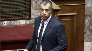 Το tweet του Θεοδωράκη για την απελευθέρωση Λεμπιδάκη