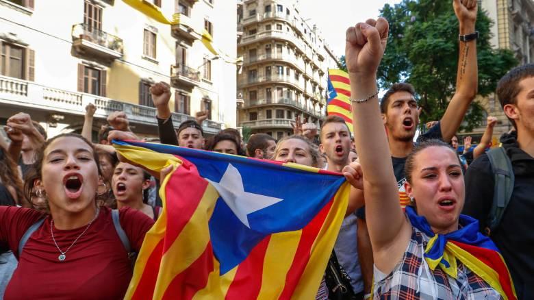 Αναταραχή στις ισπανικές αγορές μετά το δημοψήφισμα της Καταλονίας