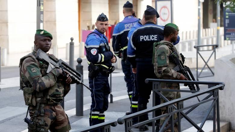 Γαλλία: Πέντε προσαγωγές μετά την ανακάλυψη αυτοσχέδιου εκρηκτικού μηχανισμού