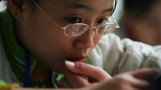Πώς μπορούν να μειωθούν οι πιθανότητες για μυωπία στα παιδιά