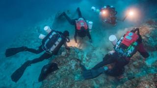 Ναυάγιο Αντικυθήρων: Καταδυθείτε στο υποβρύχιο μυστήριο με νέα ευρήματα στο φως (vid)