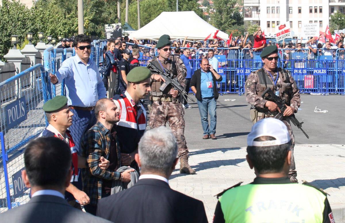 2017 10 04T150126Z 1648146571 RC1C0F714070 RTRMADP 3 TURKEY SECURITY