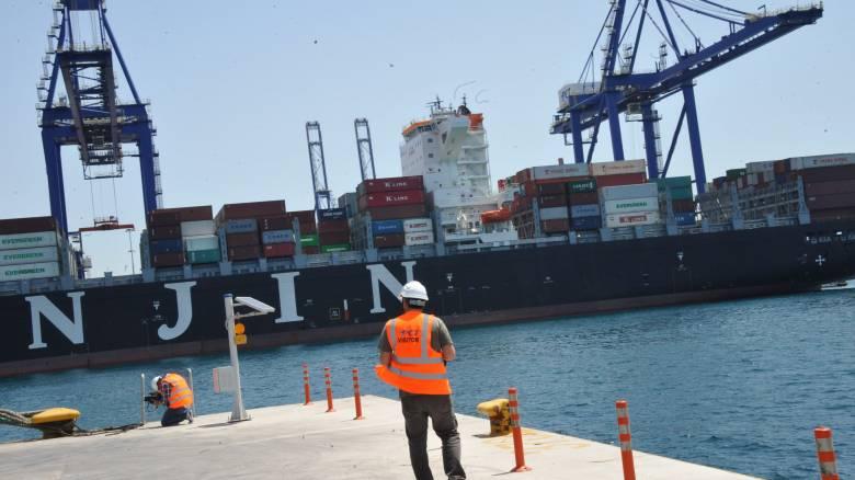 Παραδόθηκε στη διοίκηση της Cosco ο νέος προβλήτας πετρελαιοειδών στο λιμάνι του Πειραιά