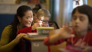 Οι χώρες που σέβονται τους εκπαιδευτικούς έχουν καλύτερα αποτελέσματα στους μαθητές