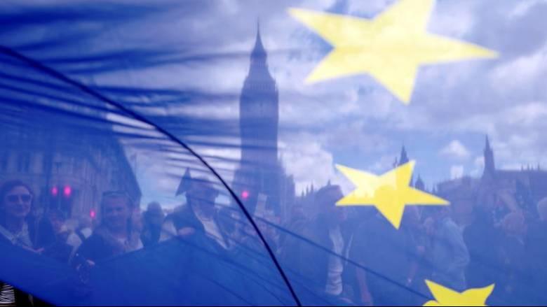 Η Ευρωπαϊκή Ένωση προετοιμάζεται για «σκληρό» Brexit