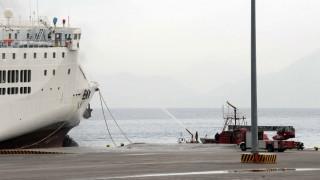 Σύγκρουση πλοίων στο νότιο λιμάνι της Πάτρας