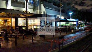Αυτόπτης μάρτυρας αφηγείται στο CNN Greece πώς ξεκίνησε το πιστολίδι στο μπαρ της Γλυφάδας