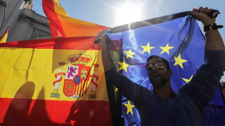 Καταλονία: Το Παρίσι δεν θα αναγνωρίσει μονομερή κήρυξη ανεξαρτησίας