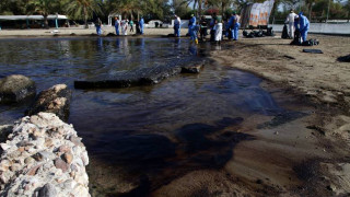 Βελτιωμένη η εικόνα στο Σαρωνικό - Ολοκληρώνονται σταδιακά οι εργασίες καθαρισμού των ακτών