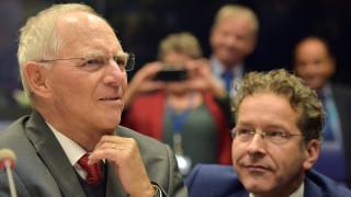 «Όχι» Σόιμπλε σε υπουργό Οικονομικών της Ευρωζώνης και κοινό προϋπολογισμό