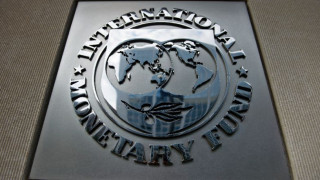 ΔΝΤ: Ανεργία, χρέος και υψηλά πλεονάσματα βάρος για την ελληνική ανάπτυξη