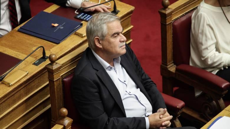Θύμα της επίθεσης στον Ασπρόπυργο δέχτηκε στο Υπουργείο ο Νίκος Τόσκας