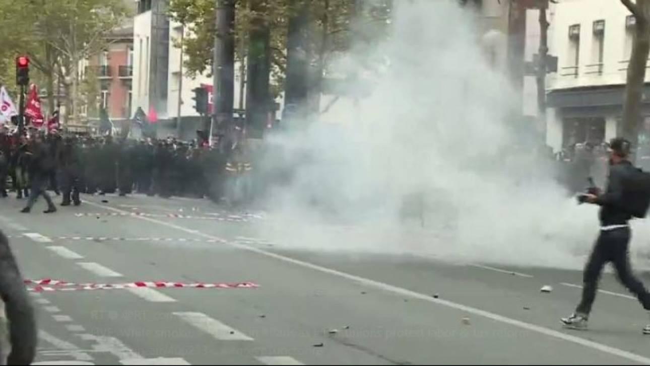 Γαλλία:Επεισόδια και συλλήψεις στη διαδήλωση κατά της εργασιακής μεταρρύθμισης του Μακρόν (pics&vid)