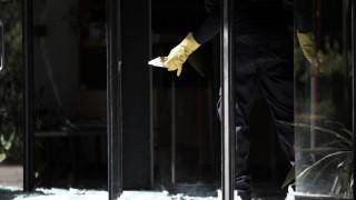 Υλικές ζημιές σε υποκατάστημα τραπεζών στην Πάτρα μετά από πορεία αντιεξουσιαστών