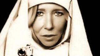 Σκοτώθηκε η «λευκή χήρα», η τζιχαντίστρια Σάλι Τζόουνς, σε επιδρομή στη Συρία