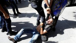 HRW: Αυξάνονται οι αποδείξεις για βασανιστήρια στις τουρκικές φυλακές