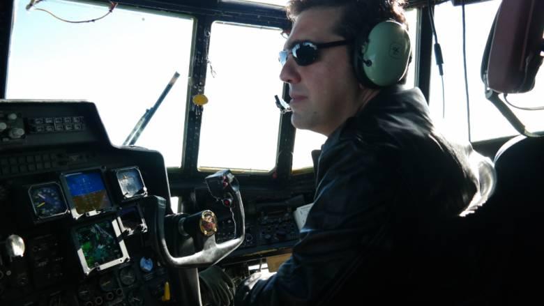 Η πτήση του Τσίπρα με μαχητικό F-16 και το χιουμοριστικό non paper του Μαξίμου